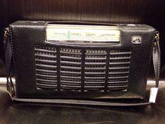 Radio-transistor-La-voix-de-son-maitre-Pathe-Marconi-16X4-1964