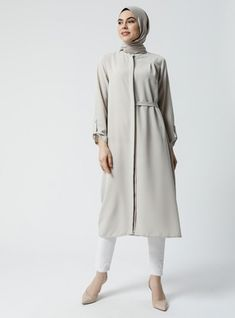 The perfect addition to any Muslimah outfit, shop Refka's stylish Muslim fashion Emerald - Round Collar - Tunic. Find more Tunic at Modanisa! Stylish Maternity, Maternity Outfits, Muslim Fashion, Round Collar, New Dress, Collars, Emerald, Duster Coat, Normcore