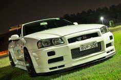 GT-R 34 White Pearl