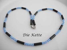Colliers - Feine Kette mit blau und schwarzen Perlen - ein Designerstück von Die-Kette bei DaWanda