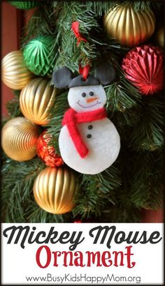 A keepsake for all of the Disney lovers on your Christmas list! This great project is for kids and adults! Everyone will love to make and receive this great Disney ornament from Busy Kids Happy Mom! Disney Christmas, Christmas Holidays, Christmas Crafts, Christmas Bulbs, Christmas Decorations, Christmas Ideas, Holiday Ideas, Christmas Stuff, Disney Decorations