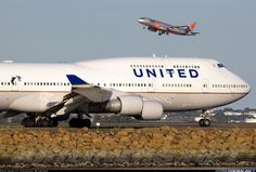 Boeing 747-422 aircraft picture