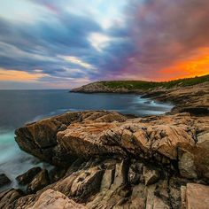 From @dennisstever - Duncan's Cove never disappoints, but this sunset might take the cake! Thanks to @rob_canning for the awesome…