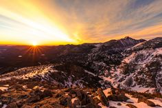I hiked in the dark for 3 hours so I can watch the sunrise from 12,000ft in Rocky Mountain National Park