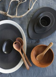Elegantly simple wood and ceramic kitchenware by Attia Australia Casa Gaudi, Organic Shapes, Decoration Table, Black Wood, Black Clay, Wabi Sabi, Kitchen Accessories, Natural Accessories, Ceramic Pottery
