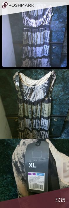 Brand new Strapless maxi dress Multi colored (black,beige,green). Side slits (knee to floor) Mossimo Supply Co. Dresses Maxi