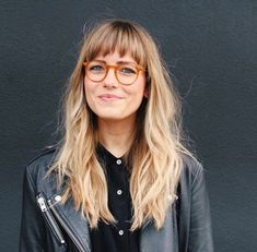 Bangs # Modus # Mode # Stil # Inspiration – New Site – Best Hair Style Models Blond Pony, Hair Inspo, Hair Inspiration, Fashion Inspiration, Bangs And Glasses, Glasses Style, Glasses For Long Faces, Long Hair With Bangs, Blonde Hair Bangs