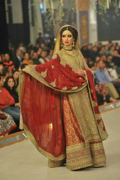 the material of the gharara
