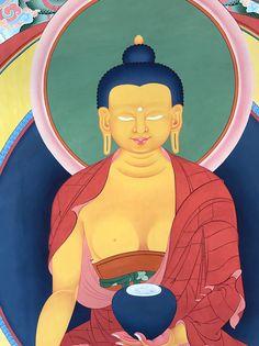 Detail of shading on Buddha Shakyamuni in the #thanbhochi.  #ColoringForMeditation #TibetanArt #TibetanColoring #Thangka #BuddhistArt #BuddhistColoring