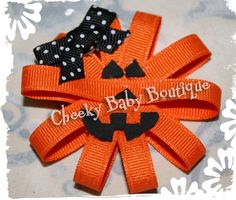 CUTE bow! I need for Halloween