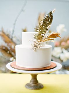 Floral Wedding Cakes This Couple Planned a Bold, Stylish Wedding in the Pacific Northwest Floral Wedding Cakes, Themed Wedding Cakes, Fall Wedding Cakes, Elegant Wedding Cakes, Wedding Cake Designs, Wedding Cupcakes, Wedding Cake Toppers, Wedding Simple, Gold Wedding