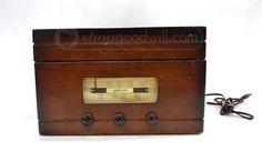 Vintage Trav-Ler Radio