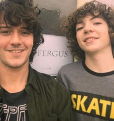 #Fergus young and old #Outlander César Domboy and Romann Berrux