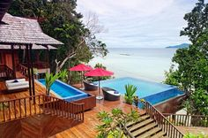 Boasting a prime seafront location with a unique architectural design and an array of exciting activities to offer, island resorts are the best choices for your family to soak in the endless enjoyment of the sea. Travellive Magazine would like to introduce you to 10 dreamy locations in Vietnam, Singapore, Malaysia, Cambodia, and South Korea. …