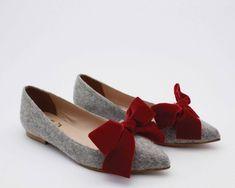 Flat shoes women Women ballet flats Shoes with bows Velvet Flat Shoes Outfit, Ballet Flats, Shoe Boots, Velvet, Bows, Style Inspiration, Purses, Chic, Shoes Women