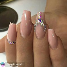 55 Acryl Coffin Nails Designs Ideen - - Best Picture For wedding nails acrylic jewels For Your Taste You are looking for something, and it is going to tell you Glam Nails, Bling Nails, Beauty Nails, Cute Nails, Pretty Nails, My Nails, Hair And Nails, Beauty Makeup, Nail Art Rhinestones