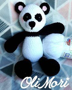 #OliMori #crochet #crocheting #panda #minipanda #amigurumi #mykrissiedolls #HimalayaDolphinBaby #szydełko #szydełkowanie #maskotka…