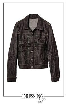 L'indispensabile giacca jeans #pleinsudjeanius. Shop now: http://bit.ly/1lN7sum