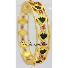 kerala traditional bangles - Google Search Kerala Jewellery, India Jewelry, Silver Jewelry, Gold Pendent, Gold Bangles, Wedding Jewelry, Jewelry Collection, Sterling Silver Rings, Traditional