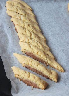 mjölkchokladsnittar6 Kitchen Recipes, Baking Recipes, Cake Recipes, Dessert Recipes, Cookie Desserts, No Bake Desserts, Yummy Treats, Yummy Food, Crack Crackers