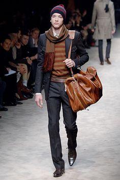 【悲報】若者が憧れるファッションがこれwwwwwwwwこんな奴らが天下のユニクロをダサいとほざいているらしいwwwwwwwww  [284827678]->画像>109枚
