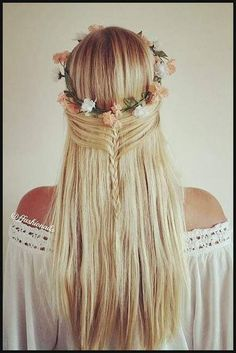 mermaid half braid, great with after beach hair! Pretty Hairstyles, Straight Hairstyles, Braided Hairstyles, Glamorous Hairstyles, Hairstyle Ideas, Short Hairstyles, Half Braid, Hair Day, Gorgeous Hair