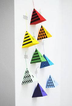 advent calendar from mini eco...hmm, wonder if you could do this with those downloadable templates for different geometric shapes?