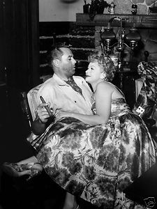 """Lucille Ball Desi Arnaz Candid Photo Ontheset of The """"Lucy Desi Comedy ..."""