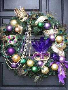 Love the swag of beads...Mardi Gras