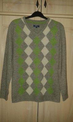 brand new 49c44 94d4f Vintage 90s Argyle Sweater-Mens Jumper-Wool argyle jumper-90s Diamond  Pattern Pullover-V neck Sweater-Wool Sweater-Golf pullover-SIZE ML