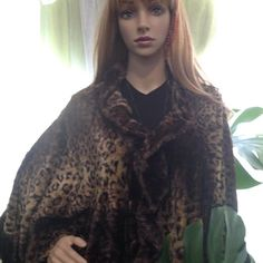 Barbi thought it only fair to try on the brown faux mink wrap as well while she tries to decide which would best suit her while she rides out the rest of winter and into early spring! She just can't decide. Hey what do you think is best? #1033mainsalon #1033main #1033mainboutique #boutiqueshopping #boutique #mumfordshopping #mumfordstyle #mumfordsalon #mumfordny