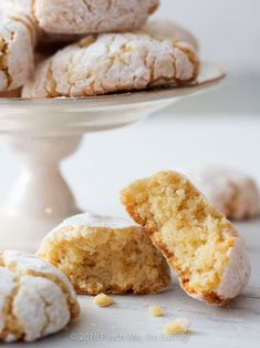 Ricciarelli are dense, chewy Italian almond cookies originating in Siena. They are a distant, and much less fussy, Italian cousin to the French macaron — perfect with tea or coffee! Italian Almond Cookies, Italian Cookie Recipes, Coffee Cookies, Cake Cookies, Peach Cookies, Macarons, My Favorite Food, Favorite Recipes, Amaretti Cookies
