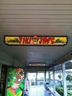 tiki jim's at periwinkle place on sanibel island