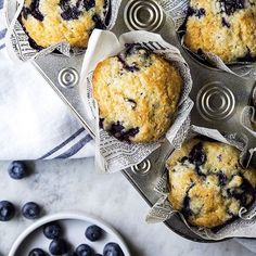 You need to make these homemade blueberry muffins for breakfast tomorrow. Easy to make and so good!…