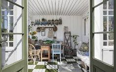 Shabby Chic JoyThe Winter Garden I dream.by Shabby Chic Joy Architectural Digest, Shed Decor, Home Decor, Shabby Chic, Simple Shed, Extra Rooms, Celebrity Houses, Home And Deco, Sliding Glass Door