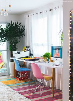 Colorful Home Office Design Idea Home Office Design, Home Office Decor, House Design, Cheap Apartment, Bohemian Style Bedrooms, Interior Decorating, Interior Design, Living Room Bedroom, House Colors