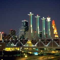 Off the Brochure Travel Guide: Kansas City