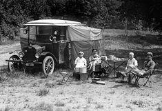 Camping Snacks, Camping Life Hacks, Camping Tips, Auto Camping, Camping Glamping, Luxury Camping, Camping Activities, Luxury Travel, Camping Vintage
