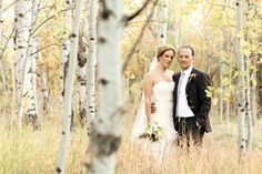 A romantic lodge wedding in September in Jackson Hole, Wyoming // photos by Logan Walker Photography: http://www.loganwalkerphoto.com || see more on http://www.artfullywed.com