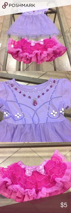Disney size 2-2t dress and tutu good condition Disney size 2 tutu and 2t dress good condition Disney Other