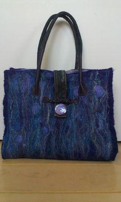 7765b66d9ae Shopper blauw paars spijkerstof details | Ook in Opdracht | Vilt & Keramiek  by Agnes