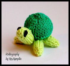 Toy Turtles  miniturtles Knitting pattern by KnitographyByMumpitz, kr20.00