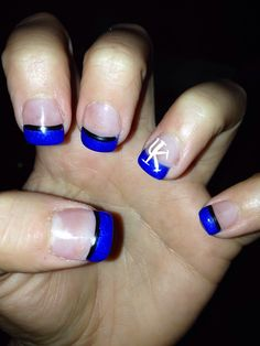 University of Kentucky nail design done in Gel Polish.