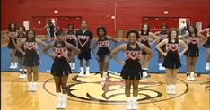 Cheer Dance Routines, Cheer Moves, Cheer Practice, Dance Choreography Videos, Dance Videos, Easy Cheer Stunts, Cheer Pics, Cheerleading Chants, Cheerleading Hair