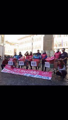 #FlashMob davanti a Montecitorio ... #T-shirt Made by #Pump #Street