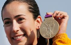 Top 10 - 8 glorias colombianas en los olímpicos de Londres, Artículo Bmx, Gold Medal Winners, Sport One, Olympic Committee, Jet Set, Olympics, Athlete, Personalized Items, Cycling