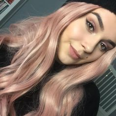 How do you think this Candy pink wig?see our sweet honey @louisekessler is wearing this pink wig.Do you want this???wig sku:edw1082 Use Coupon Code: NEW20 to get 20% Off on your order. http://ift.tt/2gHC45F #hairstyles#lacefrontwig #beauty#frontlacewig #frontlacewigs#syntheticwigs#synthetic#bigsale