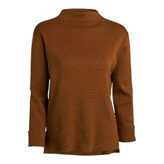 A sleek and minimalistic knitted sweater with short side splits and sewn-up sleeves.