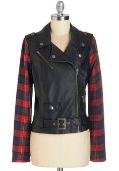 Clash President Jacket. When it comes to rocking style, you lead the pack in this moto jacket! #gold #prom #modcloth