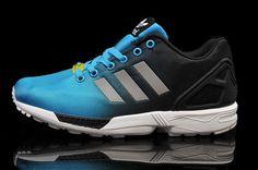 f7f787580dc70 Adidas ZX Flux Reflective Bleu Noir A une forme futuriste et insolite,  montrant la philosophie de design contemporain et minimaliste, les  caractéristiques ...
